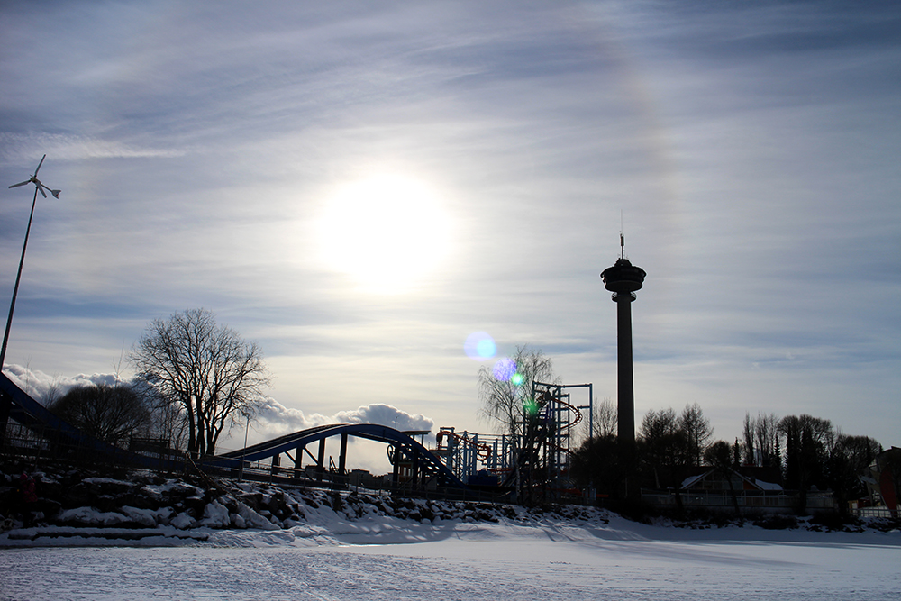 Särkänniemi talvella / Mustalahden satama / Tampere